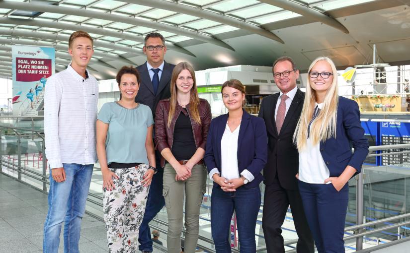 Dortmund Airport heißt neue Auszubildende willkommen